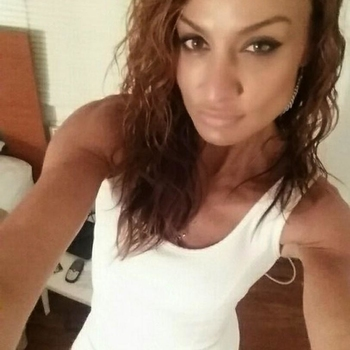 41 jarige vrouw zoekt seksueel contact in Gelderland