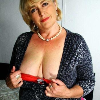 Vrouw (65) zoekt sex in Zuid-Holland