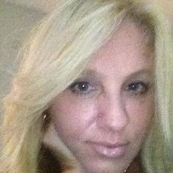46 jarige vrouw zoekt seksueel contact in Noord-Brabant