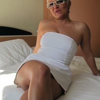 55 jarige vrouw zoekt seksueel contact in Flevoland