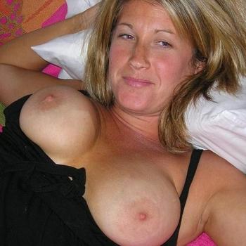 51 jarige vrouw zoekt seksueel contact in Limburg