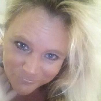 Vrouw (48) zoekt sex in Gelderland