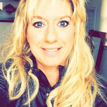 Vrouw (52) zoekt sex in Friesland