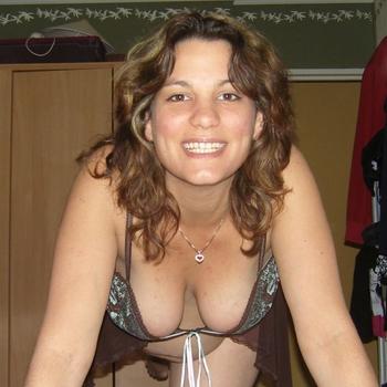 Vrouw (44) zoekt sex in Gelderland