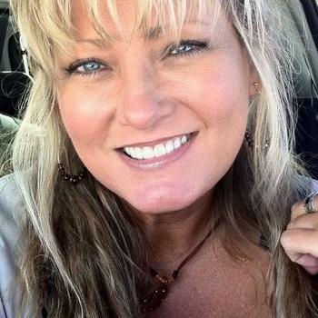 55 jarige vrouw zoekt geile date in Gelderland