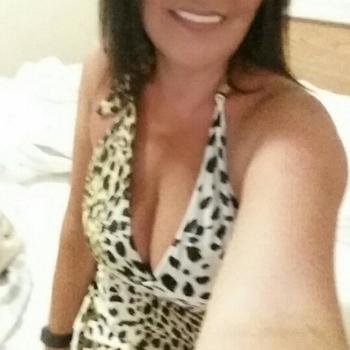 49 jarige vrouw zoekt seksueel contact in Friesland