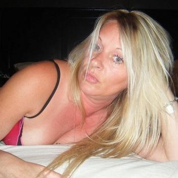Vrouw (51) zoekt sex in Flevoland