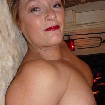 Vrouw (55) zoekt sex in Friesland