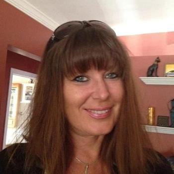 52 jarige vrouw zoekt seksueel contact in Friesland