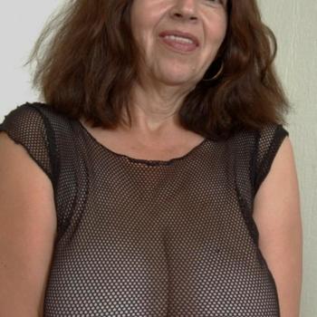 Vrouw (62) zoekt sex in Utrecht
