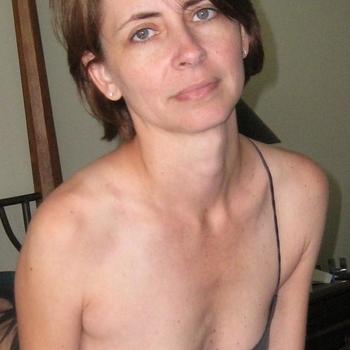 Vrouw (44) zoekt sex in Friesland