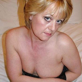 Vrouw (54) zoekt sex in Limburg
