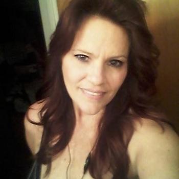 54 jarige vrouw zoekt seksueel contact in Friesland