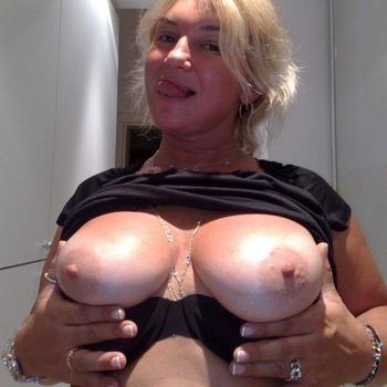Vrouw (52) zoekt sex in Flevoland
