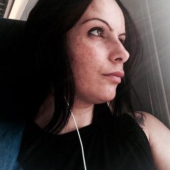 Vrouw (41) zoekt sex in Friesland